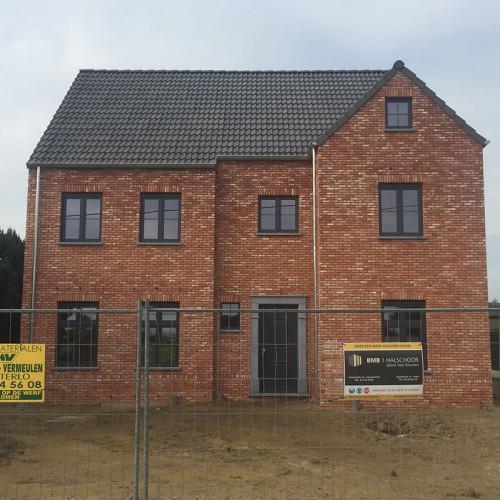 Woningbouw Paul Claessen - Werf in opbouw van het Familiebedrijf