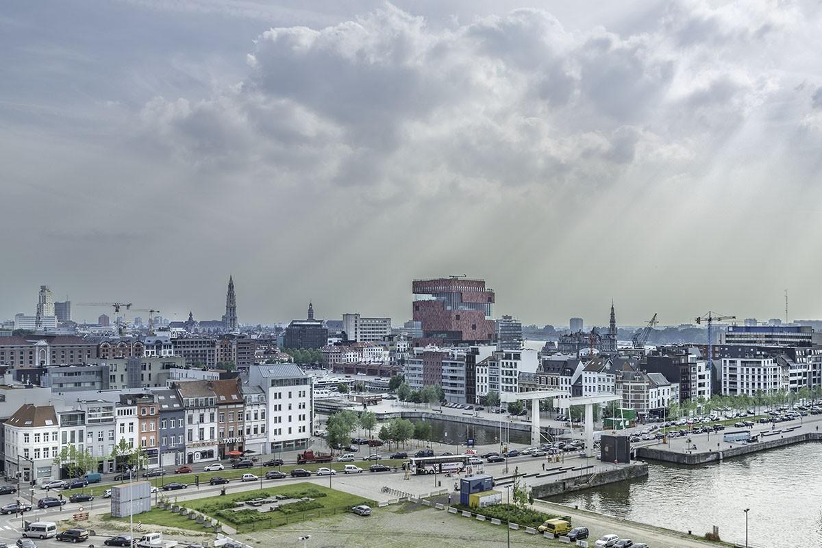 Cores Development viert tiende verjaardag met boek - what makes your city great