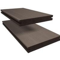 Massieve terrasplank Twinson van Deceuninck combineert de voordelen van hout en PVC