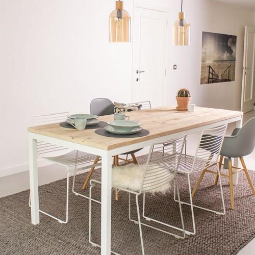 Onthaasten aan de eettafel Flora van PURE Wood Design