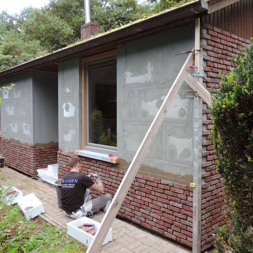 Gevelrenovatie met Façabrick van Wienerberger – Renovatie van gevels met isolatie en steenstrippen en isoleren van gevels