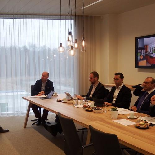 Omdat Confederatie Bouw Limburg gelooft de frisse aanpak van Startups liet ze deze Pitchen voor de bouwsector.