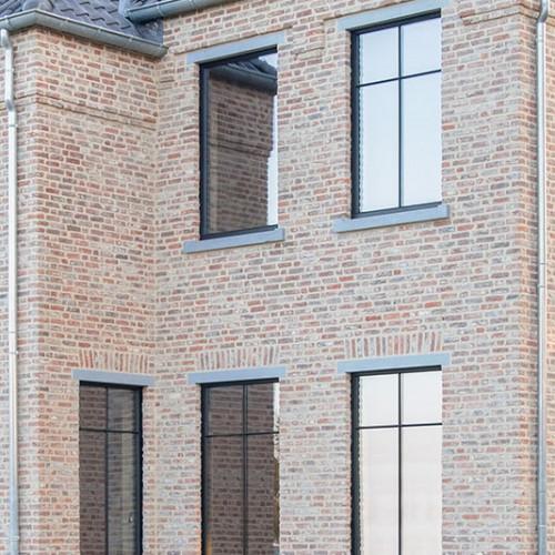Profel komt op Batibouw met een unieke lancering van het Stratolo-raam. Buitenschrijwerk in Aluminium met de look van het stalen raam van weleer.