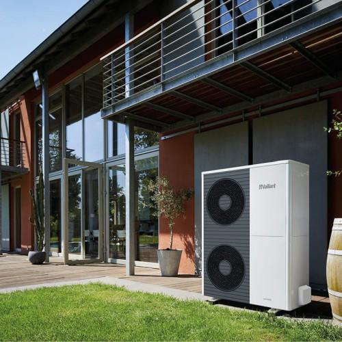 Fluisterstille en efficiënte lucht/water-warmtepomp aroTHERM split VWL AS van Vaillant