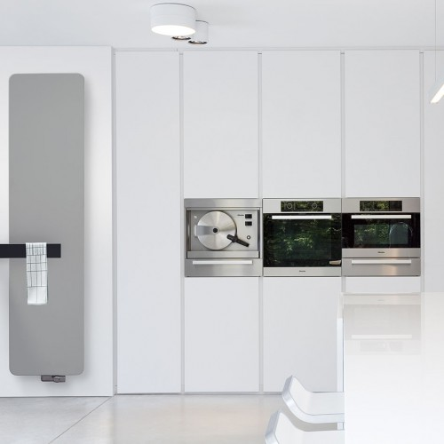 Vasco radiator met accessoire multiplus